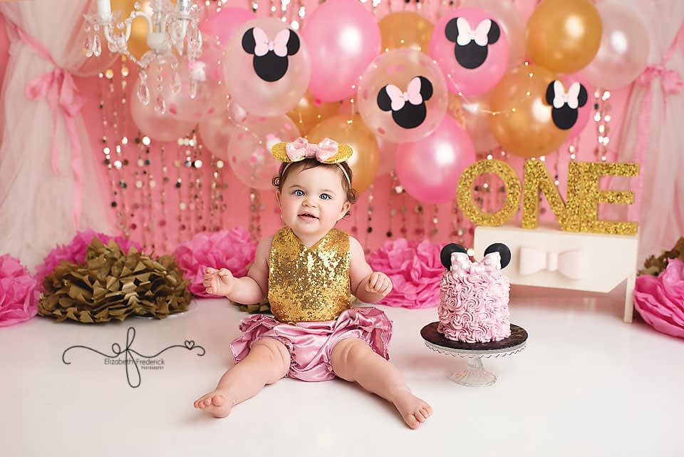 Minnie Mouse Glam Smash Cake Photography session First Birthday Photographer Elizabeth Frederick Photography