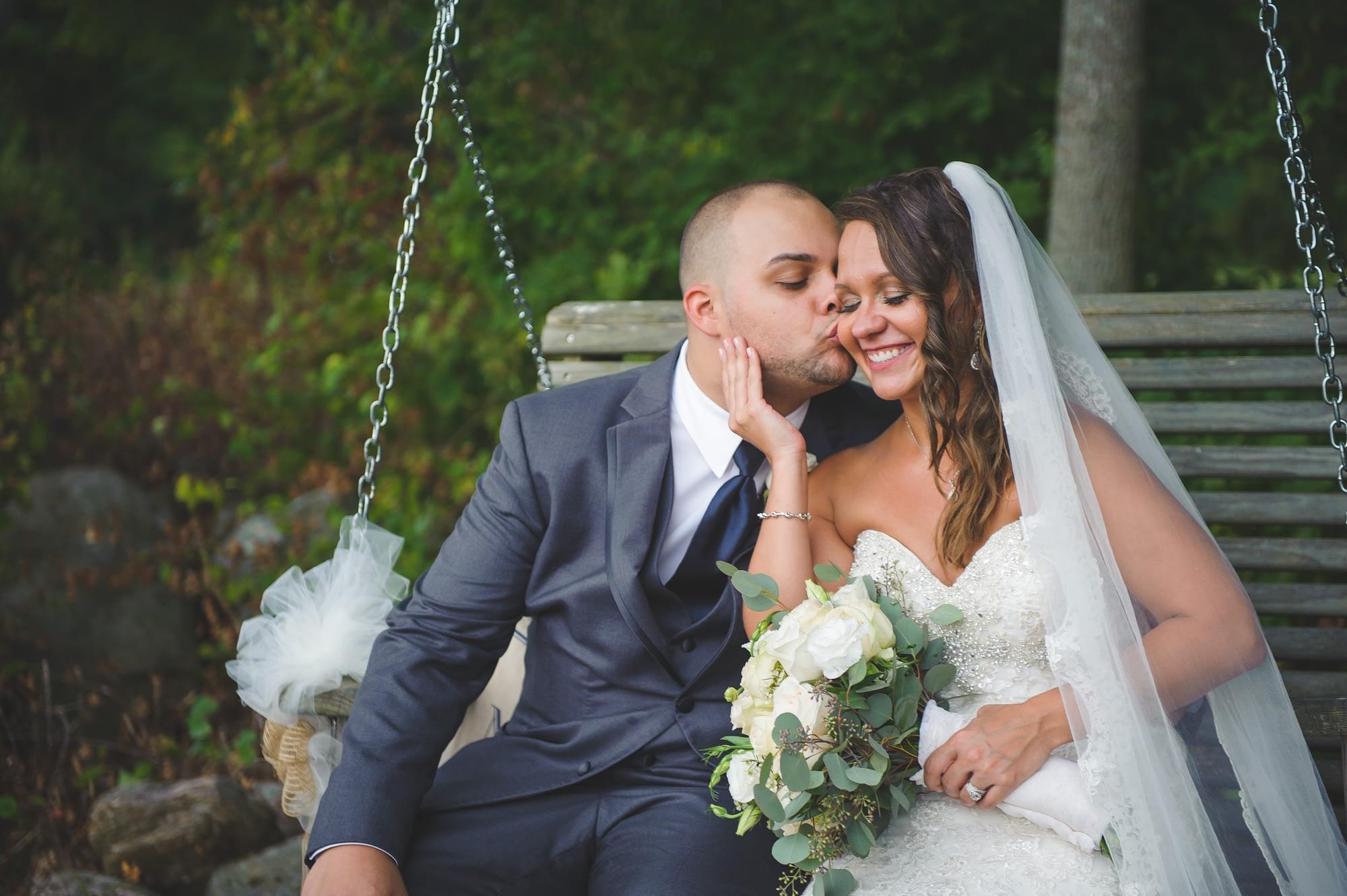 Priam Vineyards Wedding Photographer | CT Wedding photographer Elizabeth Frederick photography