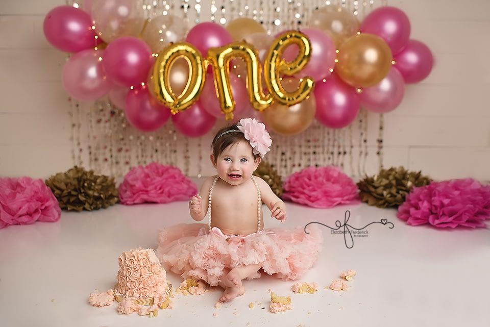 Balloon Banner Pink & Gold First Birthday | CT Smash Cake Photographer Elizabeth Frederick Photography